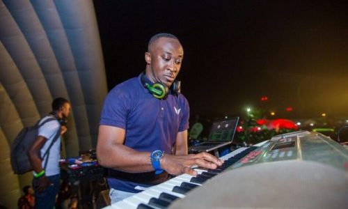 Shocking: DJ Vyrusky Lists 5 Most Promising Ghanaian DJs