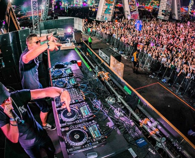 Reading A Dance Floor: The Most Important DJ Skill