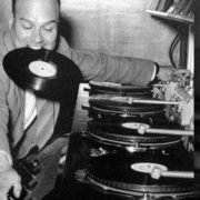 "Get To Known The History Of The ""Turntable"""