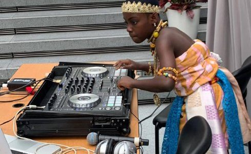 Photos: DJ Switch rocks queen mother outfit to perform at World Bank symposium