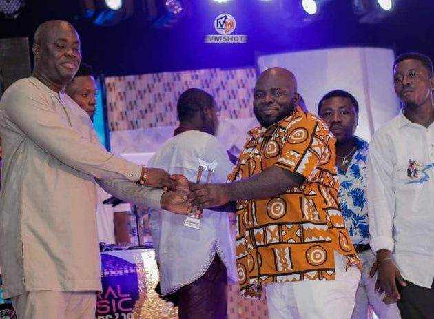 Ghana DJ Awards winner DJ Pakorich grabs CMA 'Best Music Video' award